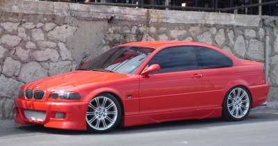 BMW 330CI: click to zoom picture.