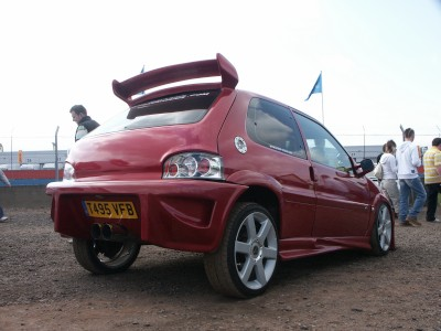 Citroen Saxo Hydraulics: click to zoom picture.
