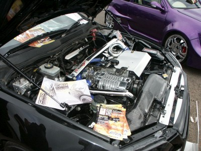 Lexus IS200 Supercharged Engine: click to zoom picture.