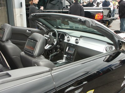 Mustang Interior: click to zoom picture.