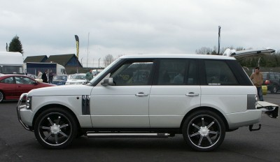 Range Rover Alloy Wheels: click to zoom picture.